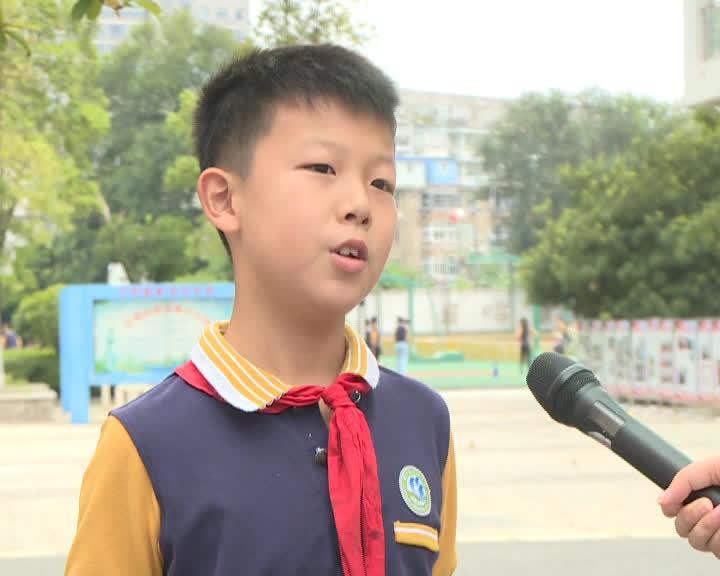 网红老师王健 李瑞鹏.jpg